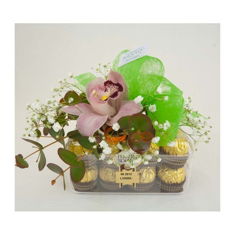 Orquidea con chocolates ferrero